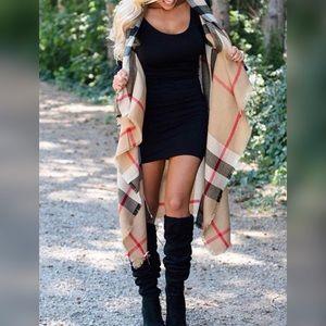 Jackets & Blazers - ✨IN STOCK!✨ Beautiful Plaid Vest/Shawl